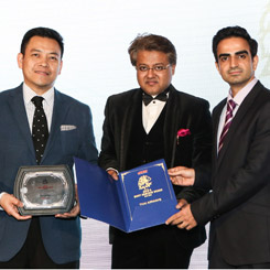 "Thai Airways International receive the ""Asia's Most Admired Brand 2014 - 2015"""