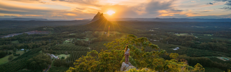 Around Brisbane: Glasshouse Mountains